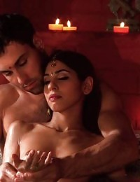 Hottie orgasms from a tantric session
